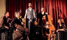 Erik Lukashaugen med band